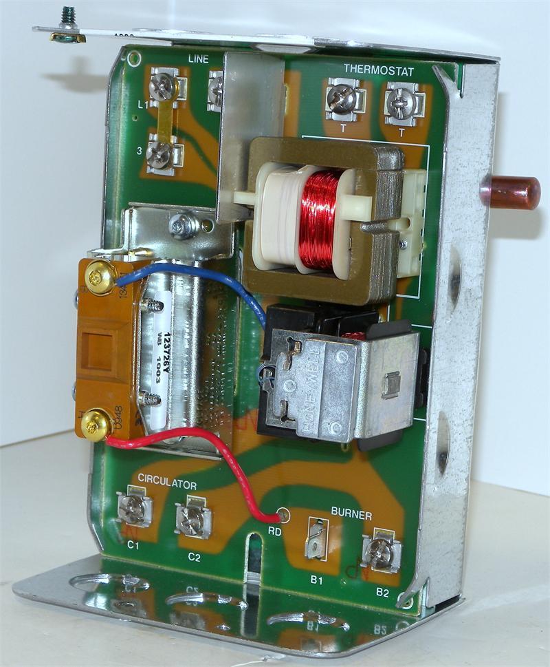 honeywell l8148a1017 high limit aquastat relay with 8 f. Black Bedroom Furniture Sets. Home Design Ideas