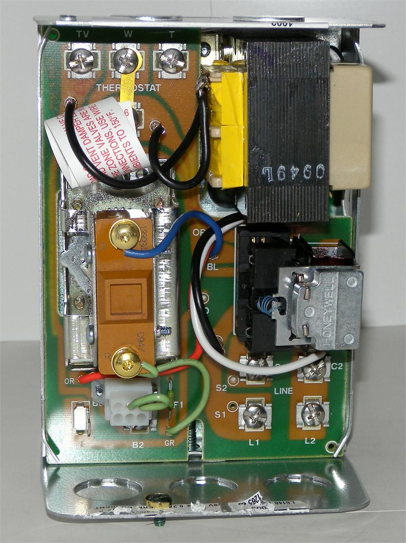 Awe Inspiring Honeywell L8148E1265 High Limit Aquastat Relay With 15 F Fixed Wiring Cloud Favobieswglorg