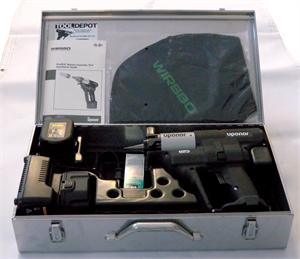 Uponor ProPex Battery Expander Tool Kit w/ Metal Case